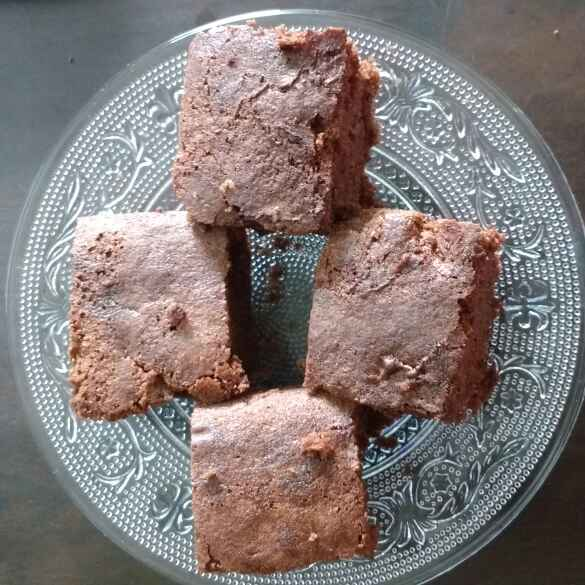 Photo of Chocolate Walnut Brownie by Sowmya Sundar at BetterButter
