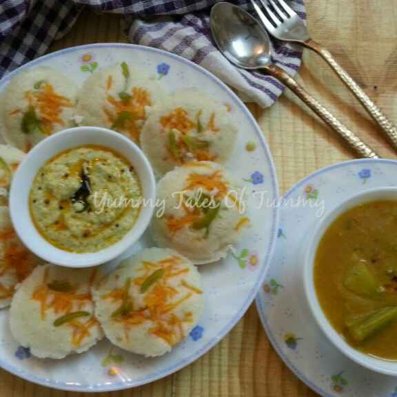 How to make Idlis with Sambhar and Coconut chutney