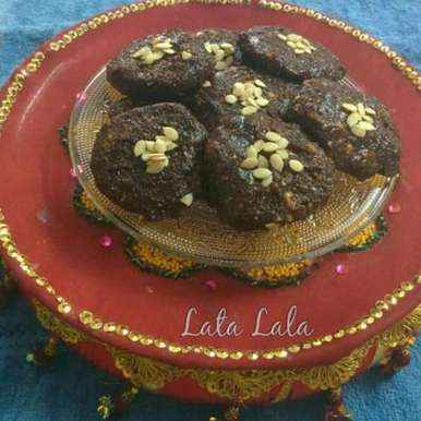 Photo of Dates and dry fruit balls by Lata Lala at BetterButter