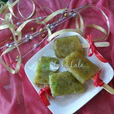 Photo of Khatti meethi kiwi popsicles/chuski by Lata Lala at BetterButter