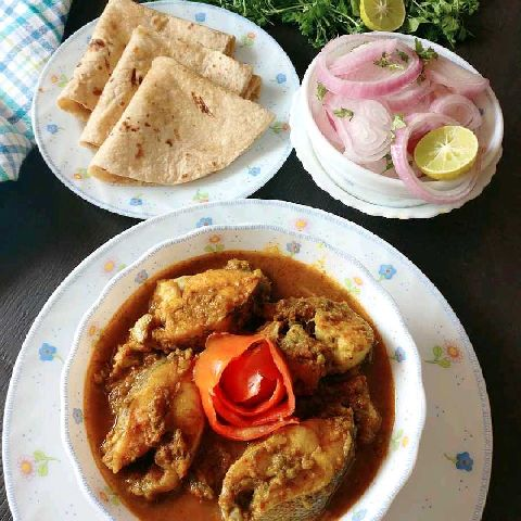 How to make Sindhi style fish curry