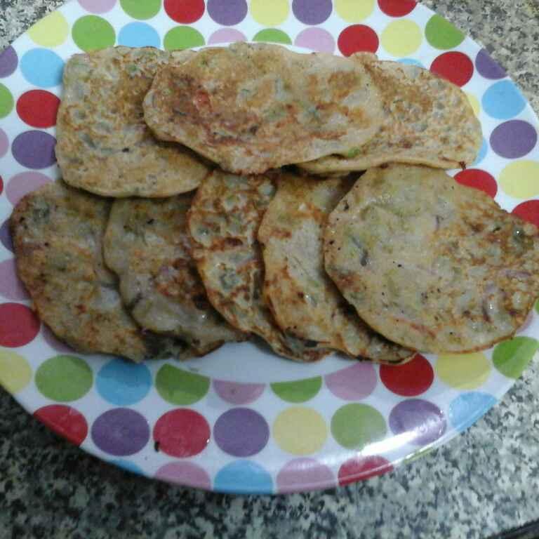 How to make Bread Uttapam.