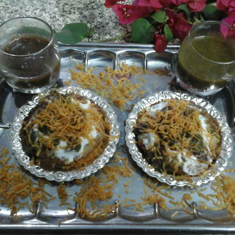 How to make Aloo tikki chaat