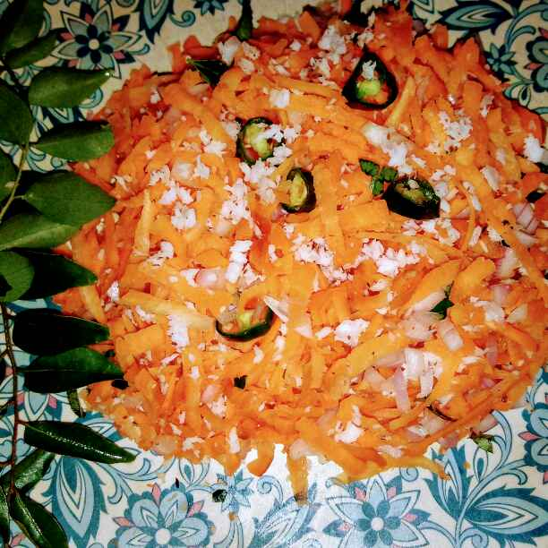 How to make carrot salad.