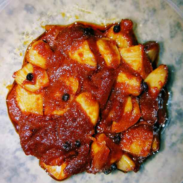 Photo of Garlic pickle. by Latha Nair at BetterButter