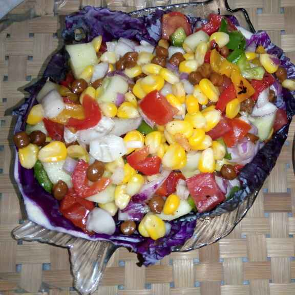 How to make Sweet corn with roasted bell pepper, black gram and mix veg salad