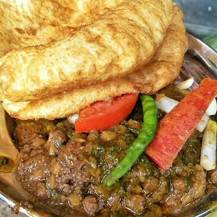 How to make Punjabi cholle bhature