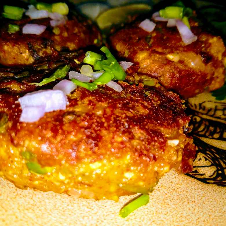 How to make Paneer potato croquette/Aloo Paneer tikki