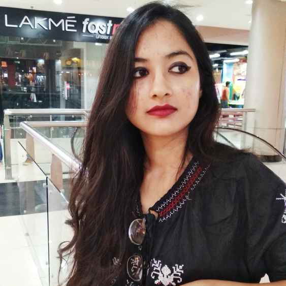 Lopamudra Mukherjee food blogger