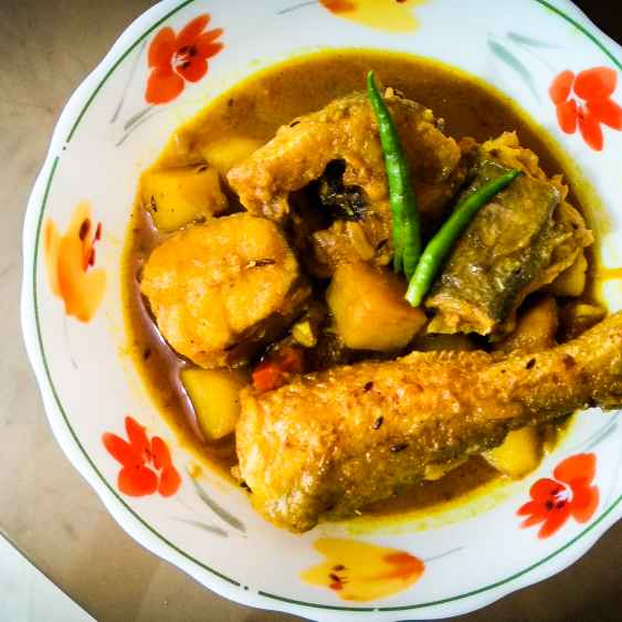 Photo of Aar Fish Curry by Lopamudra Mukherjee at BetterButter