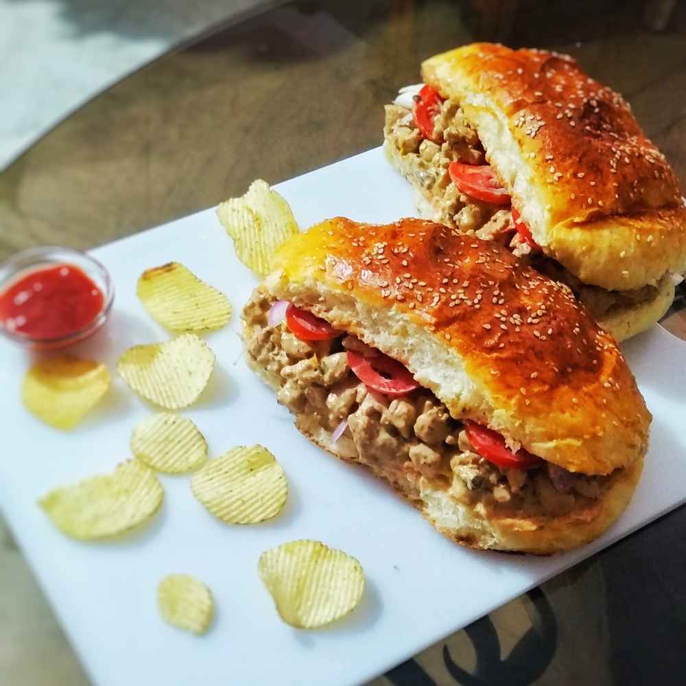 How to make Barbecue mustard chicken sub with freshly baked sub bread