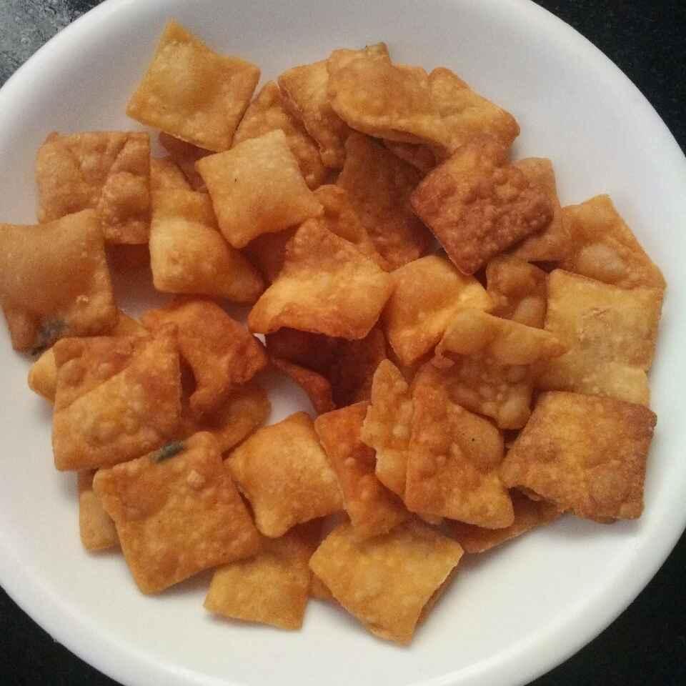 Photo of Gram flour egg chips by Maharasi Devendiran at BetterButter