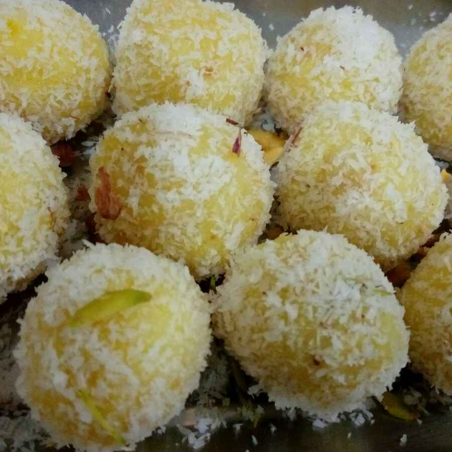 How to make Pineapple Coconut Laddoo