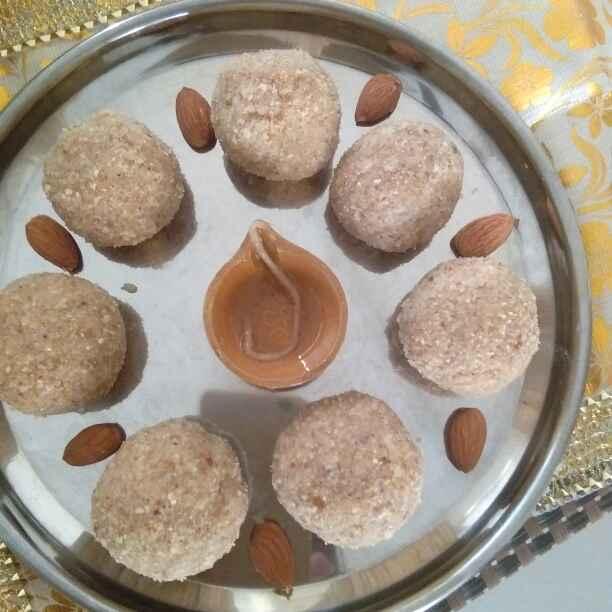 How to make Makana gond dry fruit laddu