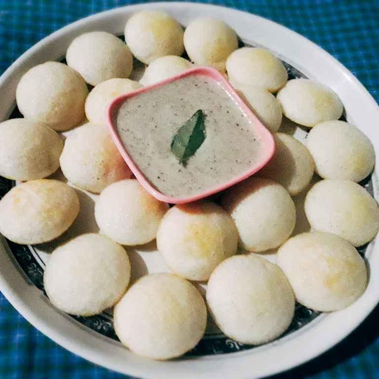 Photo of Appe idli nariyal chatni ke saath by Mamata Nayak at BetterButter