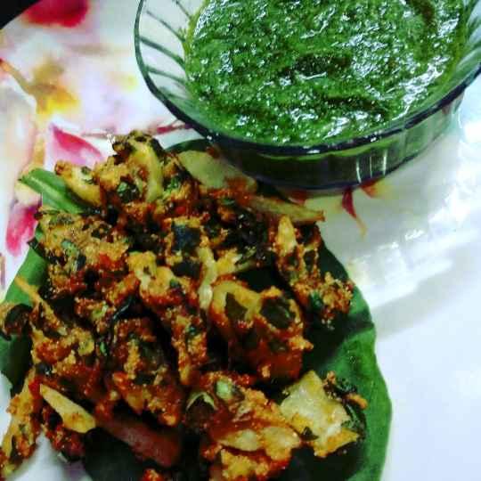 Photo of Palak alloo pakoda by Mamta Rastogi at BetterButter