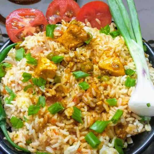 How to make Tangy tomato rice