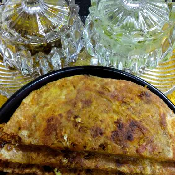 Photo of Matar gobhi paratha by Mamta Rastogi at BetterButter