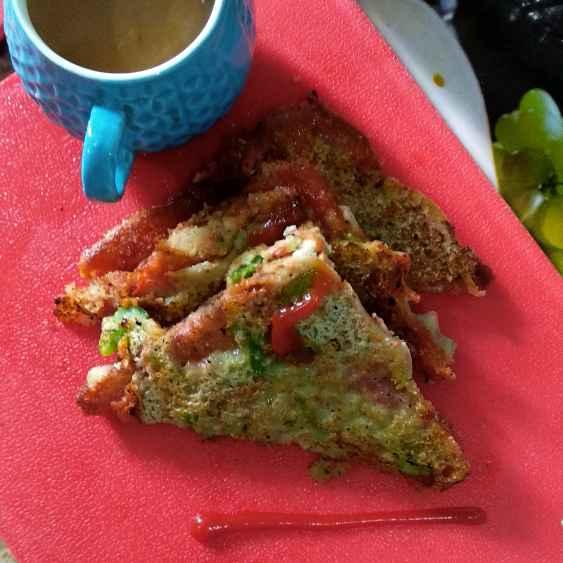 Photo of Vegetable suji cheela bread by Mamta Rastogi at BetterButter