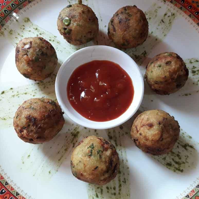 Photo of Mix veg poha vada by Mamta Shahu at BetterButter