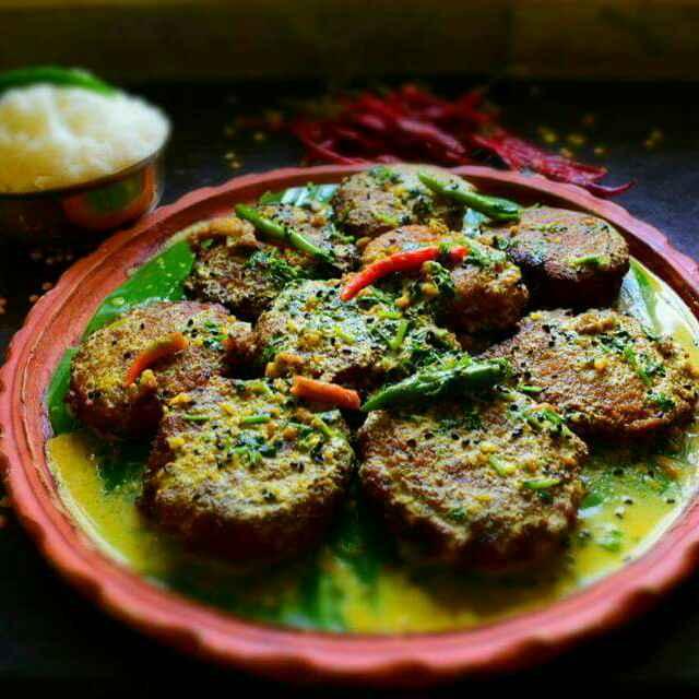 How to make Shorshe Jhale Daler Bora
