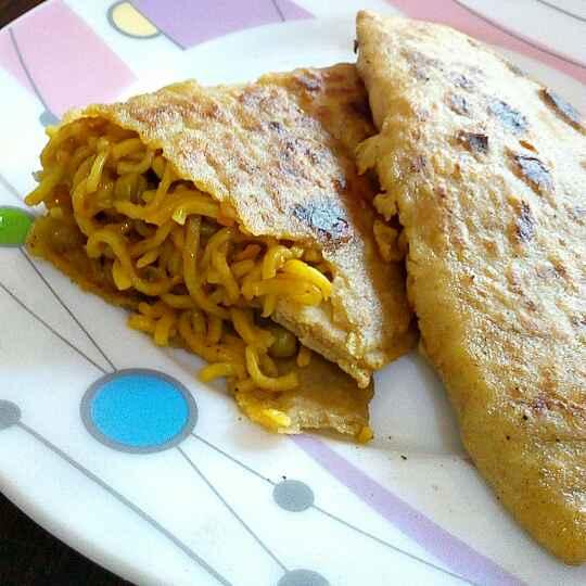 Photo of Noodles stuffed pocket paratha by Manisha Jain at BetterButter