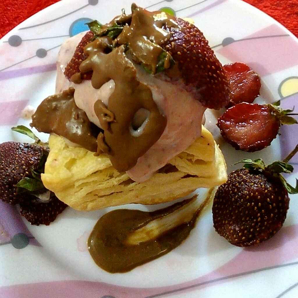 Photo of Strawberry   icecream pastry by Manisha Jain at BetterButter