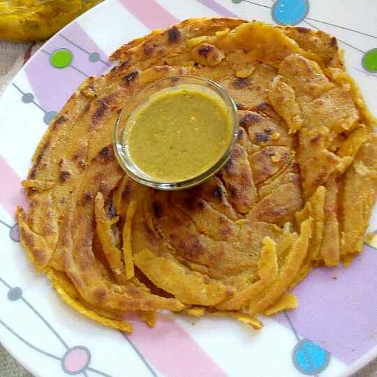 How to make Bachi hui daal ka chur chur paratha