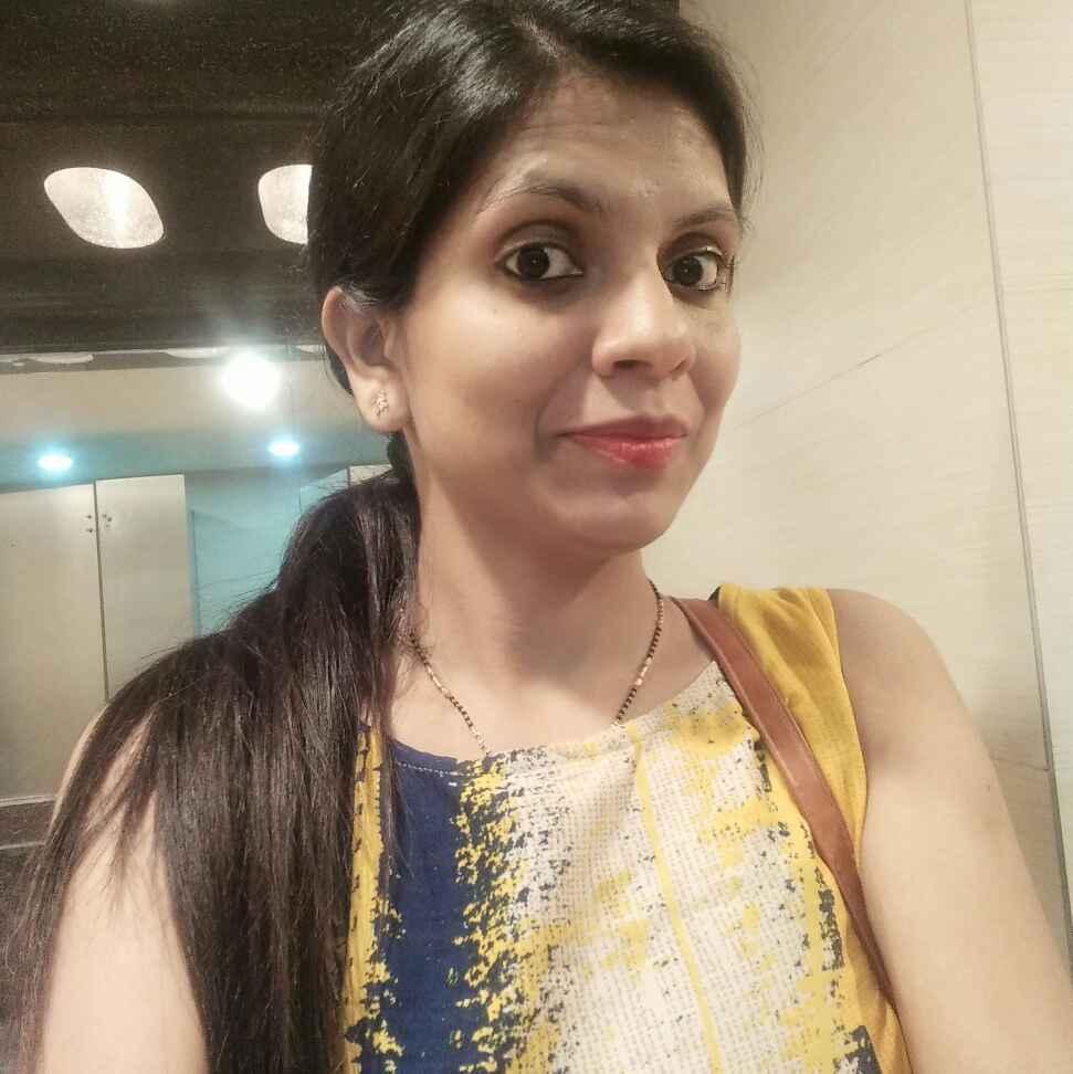 Manisha lalwani food blogger
