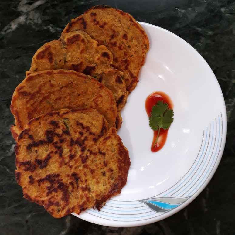 Photo of Leftover Rice Thalipeeth by Manisha Lande at BetterButter