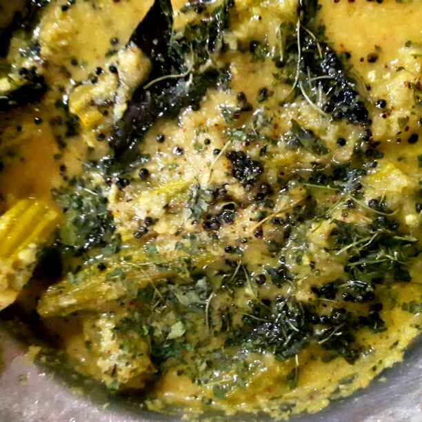 How to make Drumstick Thoran (With a tangy taste of Curd and flavour of Kasoori Methi)