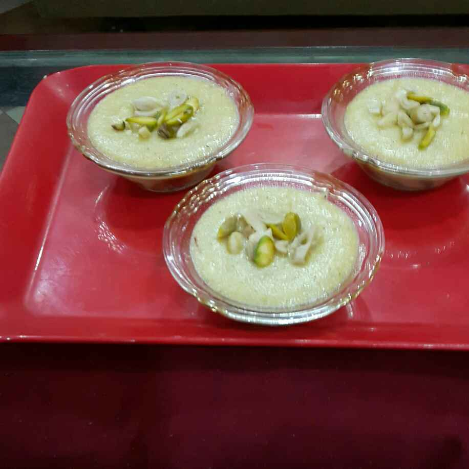 How to make Kashmiri Semolina Pudding ( Kong Phirin )