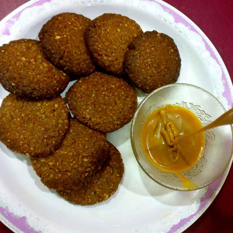 How to make Oats, Wheat flour, Fresh cream ( malai) and Nutella Sandwich Cookies with Salted Caramel. ( Health comes first)