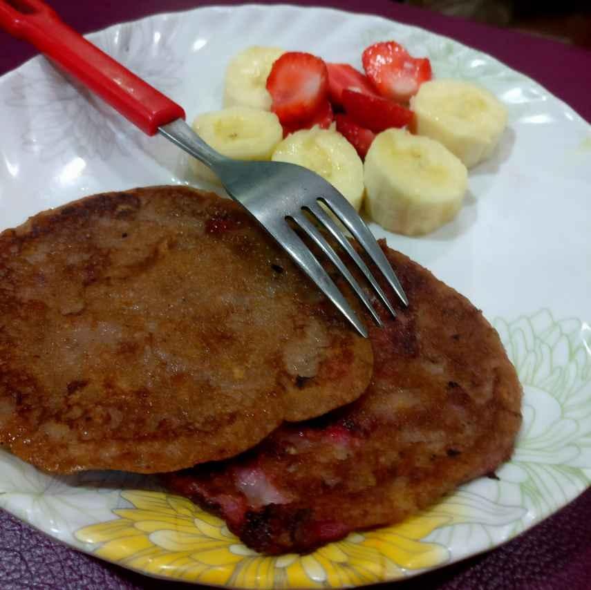 How to make Banana Strawberry Cinnamon Pan cake.