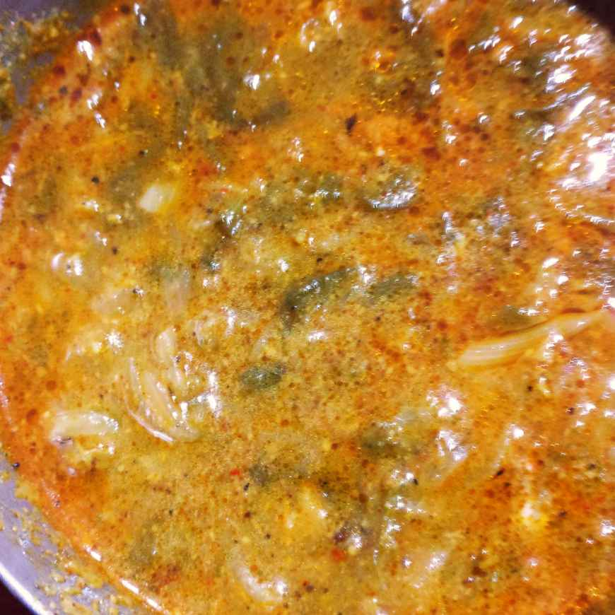 Photo of Quick Palak Chicken. ( Two favourites blended together to give fomfort ) by Manisha Shukla at BetterButter