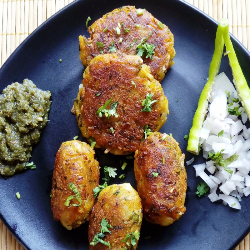 Photo of Spicy Crispy Aloo Tikki / Alu tikki/ Potato patty/ Cutlets by Manjary Ankul Baria at BetterButter