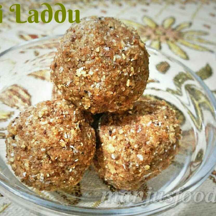 How to make Roti Laddoo (with leftover roti /chapati)