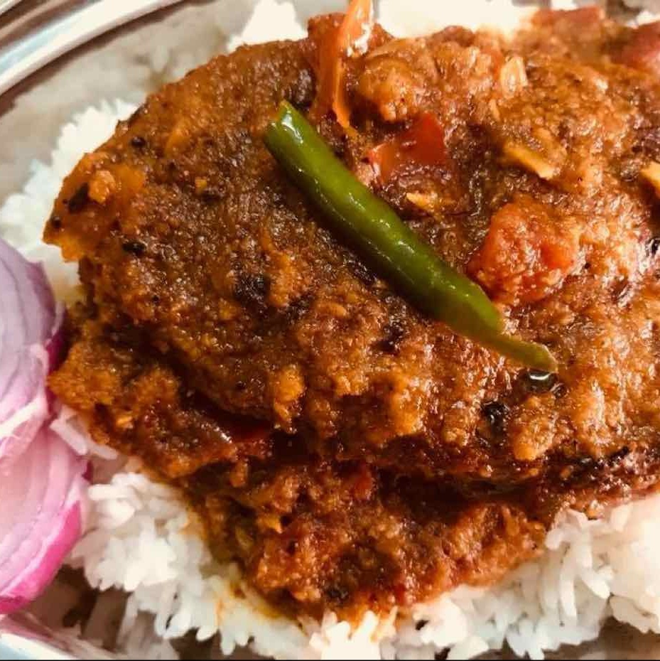 How to make Fish curry with rice