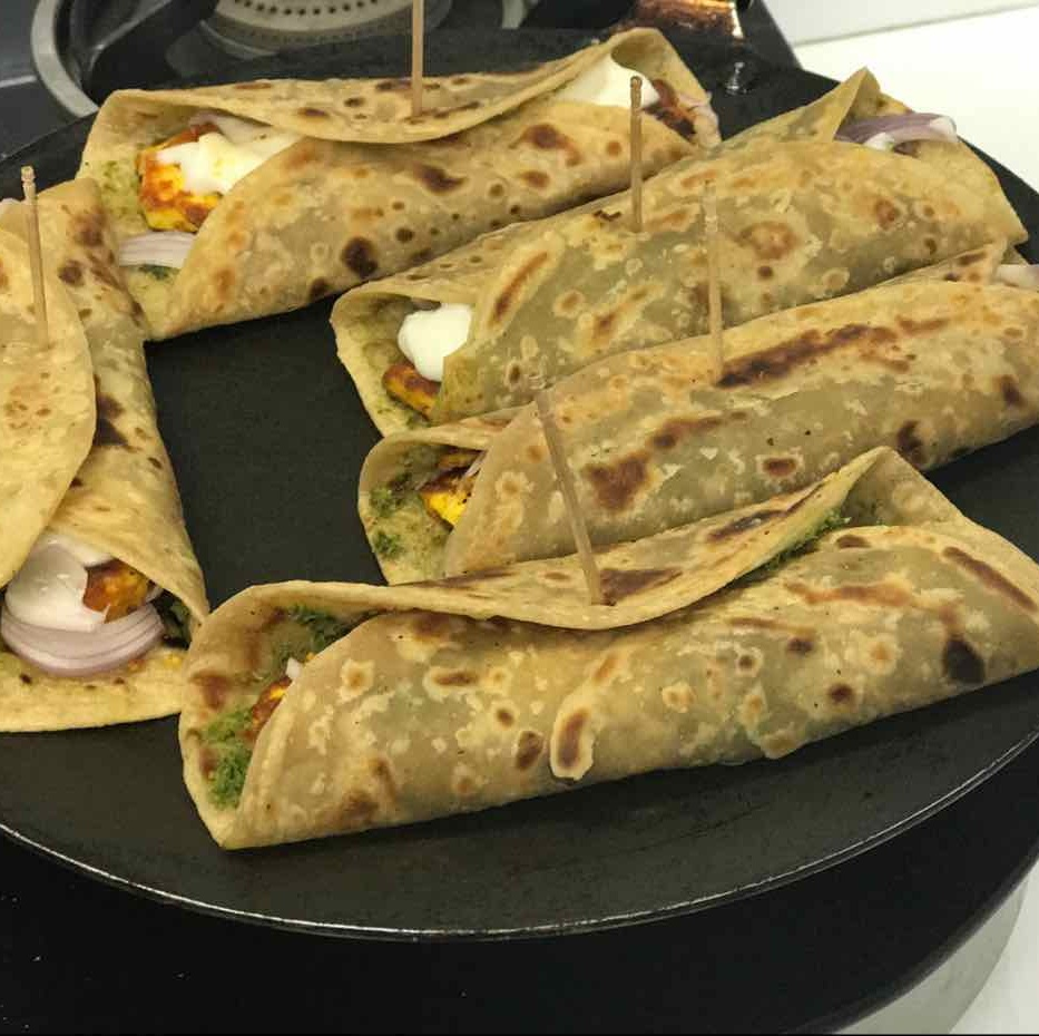 How to make Paneer Kathi Rolls