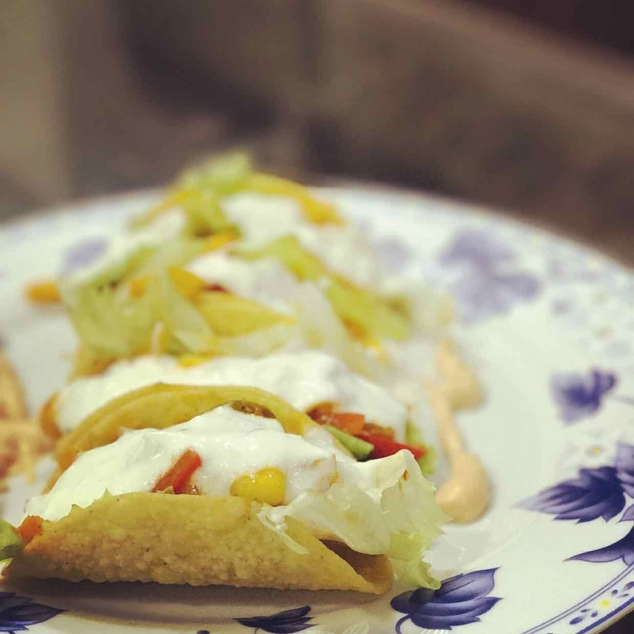 How to make Vegetable tacos with sour cream
