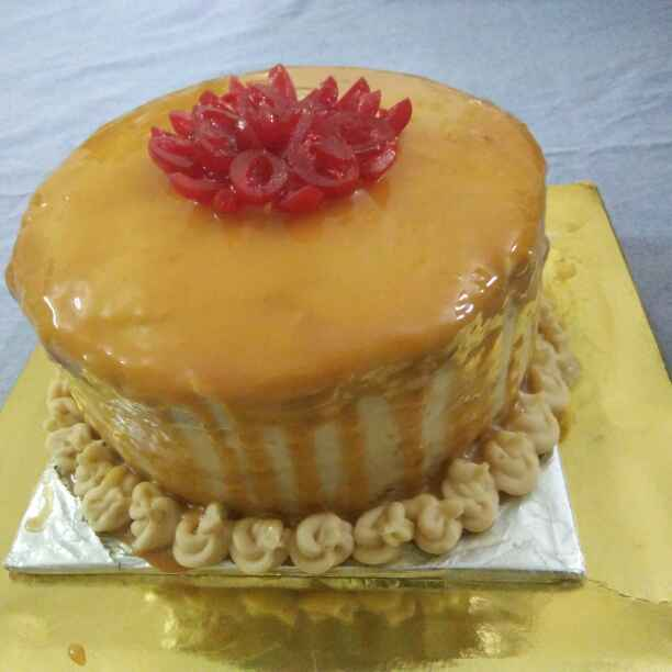 How to make Eggless Caramel cake with salted buttercream frosting