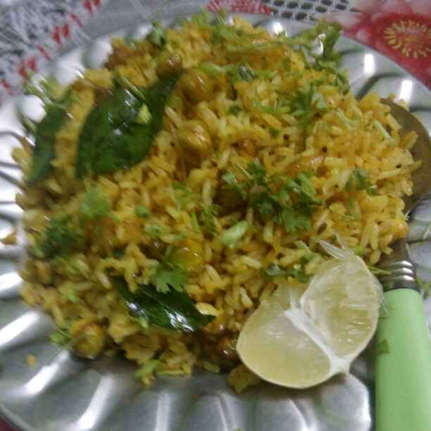 How to make Pulav from leaftover rice