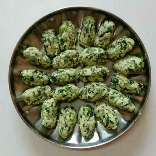How to make Palak, paneer rolls