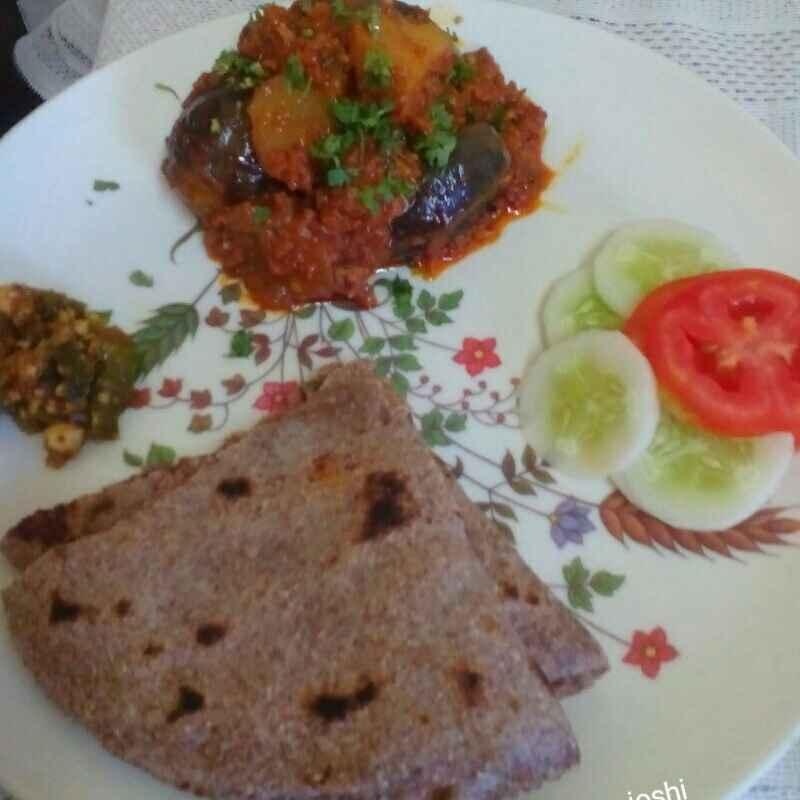 Photo of Stuffed baingan, nachni bhakeri by Maya Joshi at BetterButter