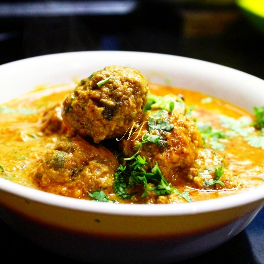 How to make Meatball Curry in coconut milk