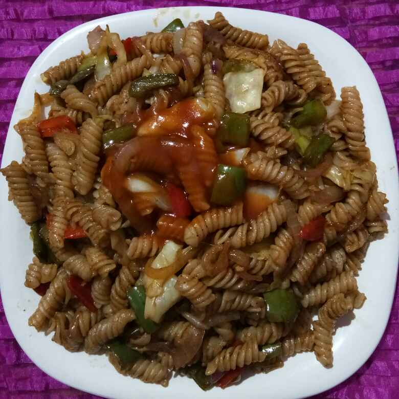 Photo of Tangy vegetable butter pasta by Meena Dutt at BetterButter