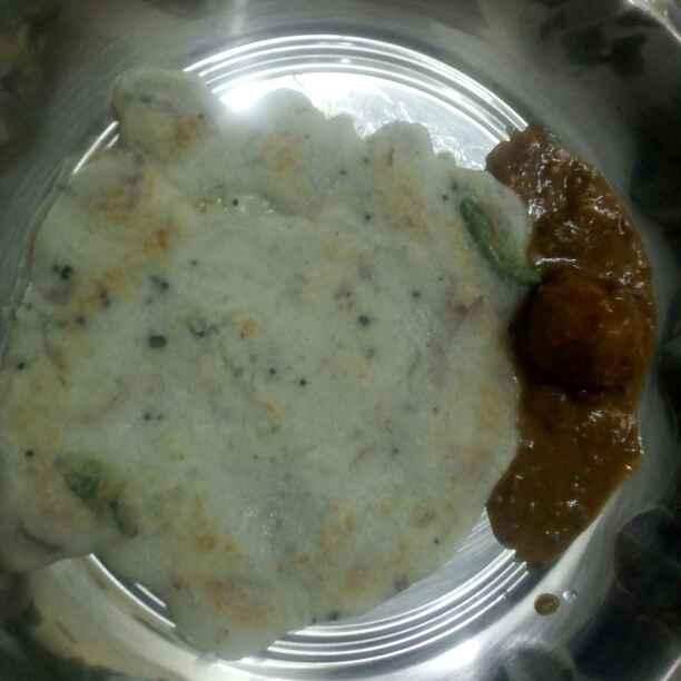 Photo of Javarisi uthappam by Meena Maheswaran at BetterButter