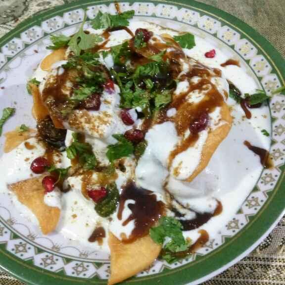 How to make Papdi moong pakodi chaat