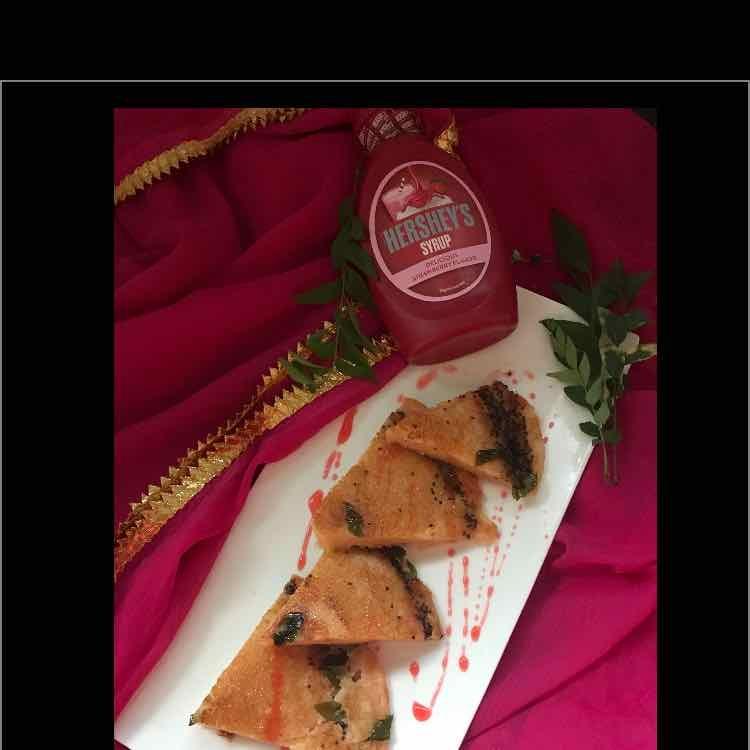 How to make Instant Strawberry Sooji Handvo..