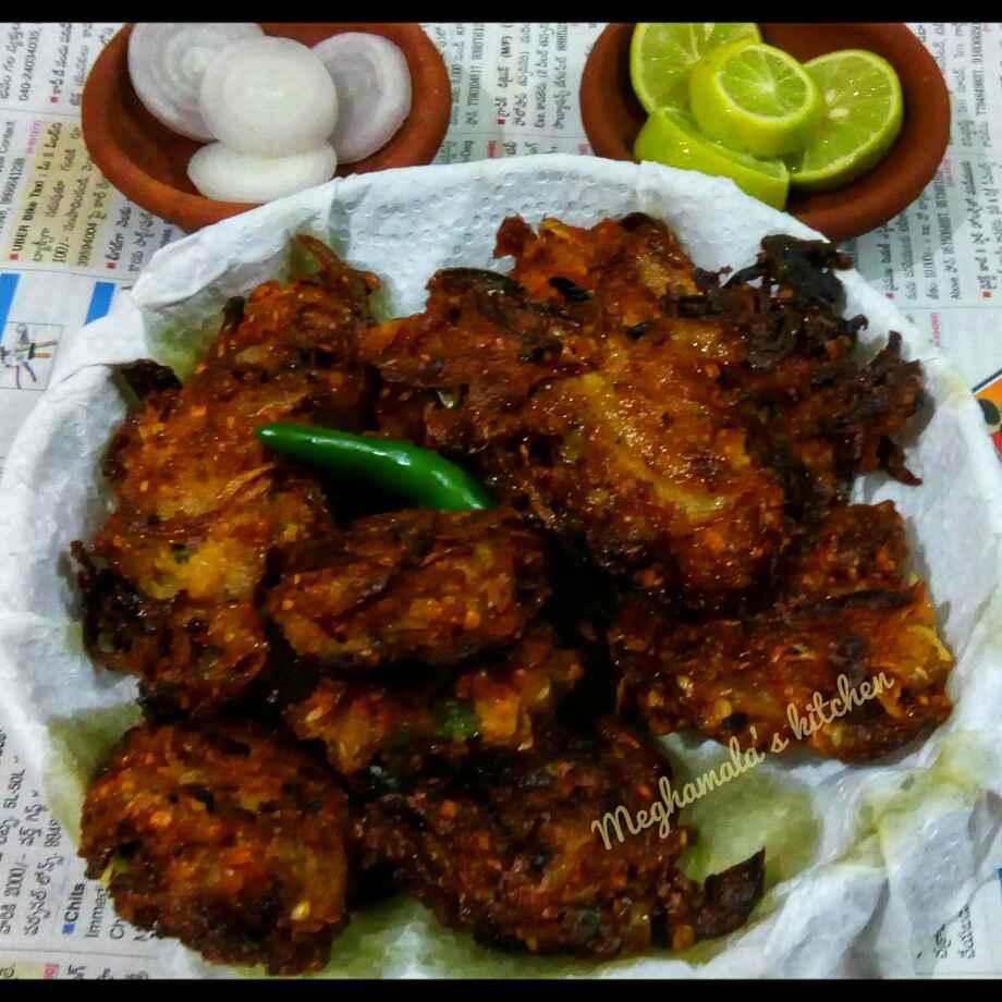 Photo of Musur Daal Onion Fritter by Meghamala Sengupta at BetterButter
